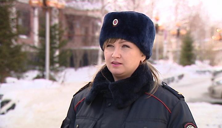 ВХанты-Мансийске рабочий сломал позвоночник при падении скрыши
